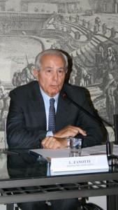 Livio Zanotti, giornalista e moderatore dell'incontro